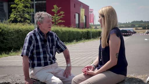 Wortpiratin rot-weiß: Im Gespräch mit Horst Hülß