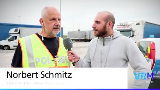 Lastwagenkontrolle auf dem Rastplatz Sitzborn